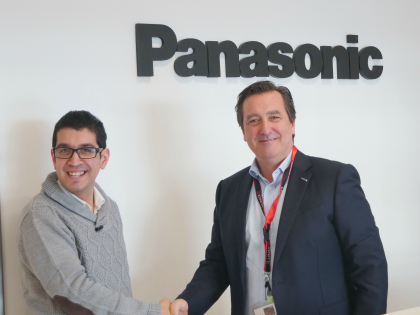 Firma contracte laboral Panasonic